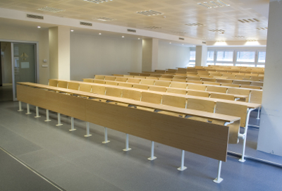 Ducted air conditioning units in a lecture room